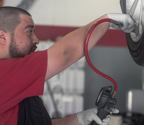 Tire Shop: Tire & Wheel Repair and Replacement | Auto-Lab - content-tire-filling